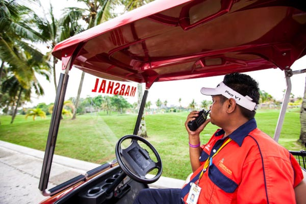 golf course hospitality staff use two way radio